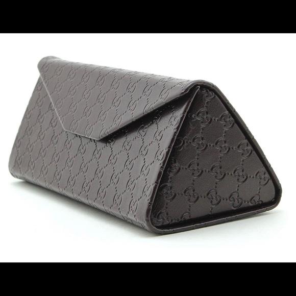 Gucci Accessories - Gucci Tri-fold leather sunglasses case.